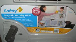 New Safety 1st Easy Fit Security Gate•Baby Child Pet Safety Gate• Model 41817