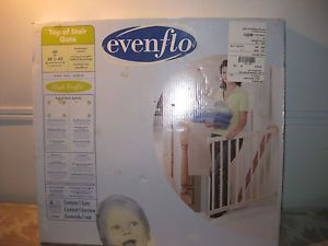 Evenflo Top of The Stairs Safety Pet Infant Baby Elderly Gate Brand New 1050C
