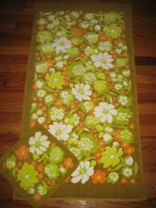 New Vintage 70s Pequot Orange Lime Green Daisy Floral Bath Towel Washcloth