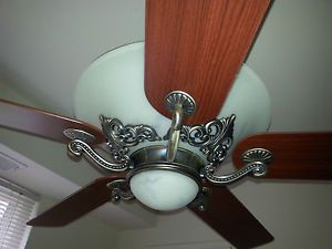 Hampton Bay Ceiling Fan 48 in with 2 Light Kits