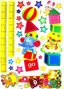 "Room Deco HL5643 ""Circus Animal Growth Chart"" Peel Stick Wall Artl 17 5 27 5"""