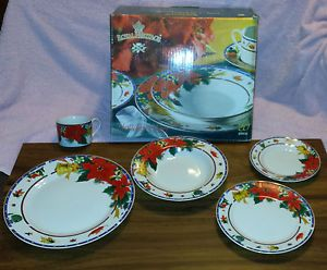 Royal Heritage Dinnerware Place Setting Dishes Christmas Holiday Cheer