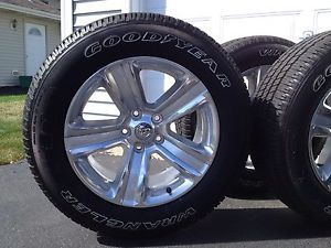 2013 Dodge RAM 1500 Wheels and Tires