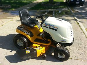 Cub Cadet LT1045 Riding Lawn Mower