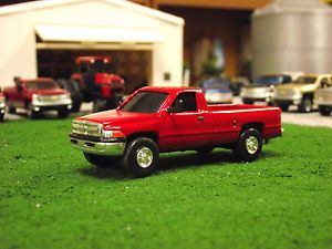 1 64 Dodge RAM 2500 Reg Cab Custom Ertl Farm Toys Truck Pickup Ranch DCP