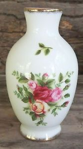 Royal Albert Small Bud Vase White Porcelain Rose Buds EUC