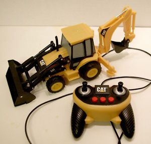 Cat Caterpillar Remote Control Tractor Loader Construction Backhoe Toy