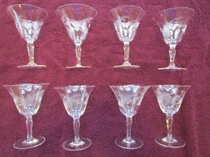 Set of 8 Leaf Etched Clear Depression Glass Wine Glasses
