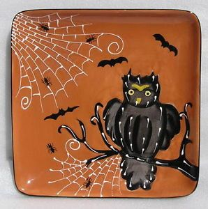 Laurie Gates Gates Ware Halloween Owl Square Dinner Plate New 2012