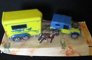 New Breyer Horse Trailer Yellow Blue Jeep with Horse Small Mini Whinnie