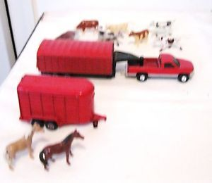 Ertl Farm Equipment Pickup Truck with Horse Trailer Hay Trailor Animals