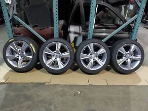 2013 Acura ILX 17 inch Rim Wheel Tire Set Michelin 215 45 17