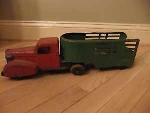 Old Vintage Wyandotte Toys Toy Horse Farm Trailer Delivery Truck Flat Bed Car