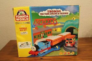 Thomas The Train Friends Big Set 7402 Box w Instructions Lot Additional Engines