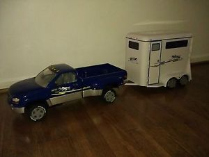 Breyer Horse Trailer and Dually Truck Excellent Condition