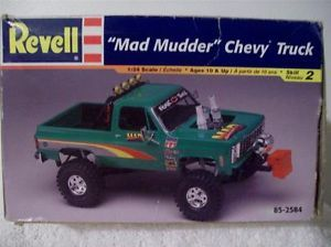 Revell Mad Mudder Chevy Chevrolet Blazer Puller Mud Truck Ground Hawg Tires Keg