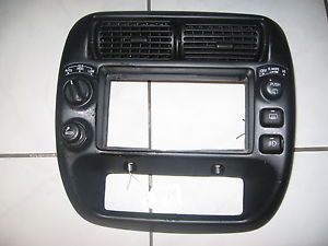 Ford Explorer Ranger Center Radio Dash Bezel Trim Vent Air Control Cover Fog