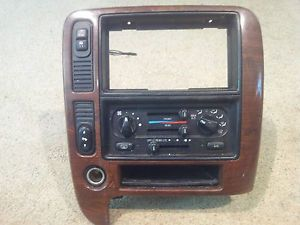1999 2003 Ford Windstar AC Heat Control Panel Dash Trim Radio Bezel