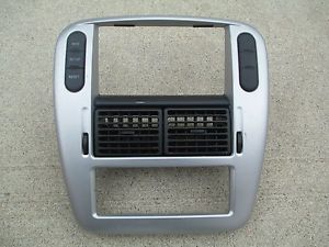 03 05 Mercury Mountaineer Ford Explorer Climate Control Radio Dash Bezel Trim