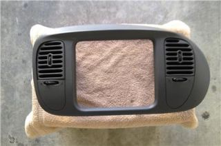 97 98 99 00 01 02 Ford F150 Expedition Radio Bezel Vents Grey Large Opening
