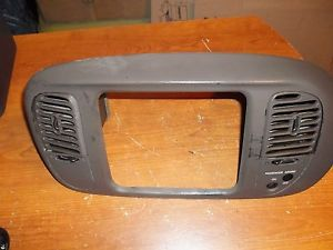 1997 2002 Ford F 150 Radio Bezel with Center Vents