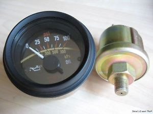 "Stewart Warner 2 1 8"" 52mm Engine Oil Pressure Gauge 100PSI w Sender Box M25"