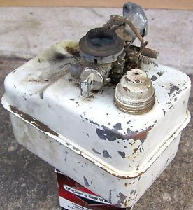 Vintage Briggs Stratton 4 5HP Metal Gas Fuel Tank Go Kart Scooter Engine Old