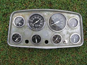 Vintage Stewart Warner 8 Gauge Cluster with Gauges Hollywood 32 Ford Ratrod 1940