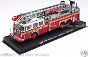 Diecast Fire Truck Seagrave Rear Mount Ladder 2001 USA GI2