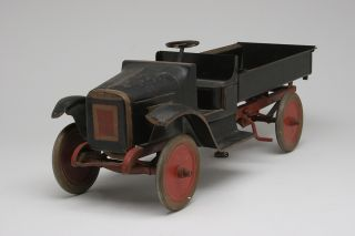 Vintage 1920s Buddy L Pressed Steel Dump Truck Toy