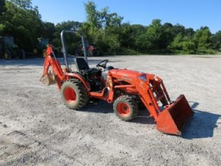 Kubota B2920 4x4 Tractor Loader Backhoe 700 Hours Runs Great