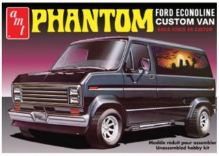 AMT Phantom Ford Econoline Custom Van Plastic Model Kit 1 25 AMT767