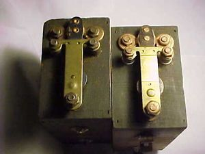 Vintage Ford Model T Wooden Box Two Ignition Coils