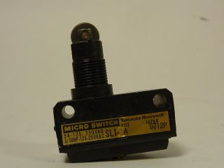 Honeywell Microswitch Limit Switch Roller Plunger SL1 A