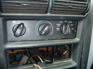 94 95 96 97 98 99 00 Ford Mustang Temperature Control Climate AC Heat Switch