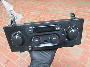 9113A Jeep Grand Cherokee 03 Temp AC Heat Climate Control Panel Unit Switch
