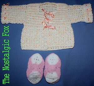 2 PC Lot Vtg 70s Handmade Crocheted Baby Girl Items Sweater Booties 3 6 Mos