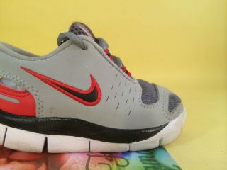 Nike Free 5 0 V2 Boys Toddler Running Shoes 5c Dark Grey Black Red Wolf Grey