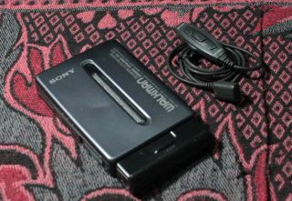 Sony Walkman Auto Reverse Cassette Tape Player Wm EX677 Metal Body Lot D
