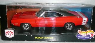 Hot Wheels 1969 Dodge Charger R T 1 18 Scale Die Cast Collectible 1999