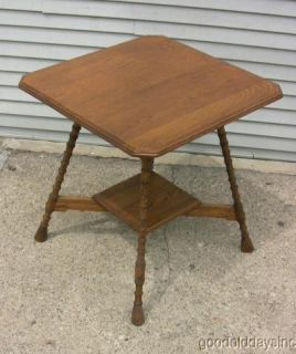 Nice Antique Arts Crafts Solid Oak Lamp Table