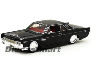 Maisto 1 26 1966 Lincoln Continental New Diecast Model Car Matte Black