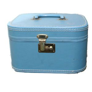 Vintage Blue Train Case Makeup Suitcase Travel Cosmetic Mirror Hard Side Vtg