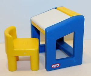 Vtg Little Tikes Doll House Furniture Blue Drawing Art Desk Yellow Chair