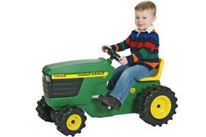 John Deere 34380 Kids Plastic Pedal Tractor Ride on New Same Day SHIP