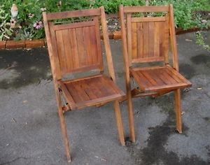 2 Vintage Antique Wood Slat Folding Chairs Cabin Parties Bistro Simmons Co