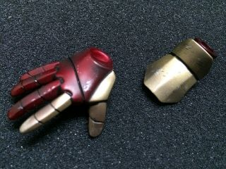 Hot Toys 1 6 Iron Man 3 Tony Stark The Mechanic Version Right Repulsor Palm