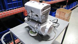 250cc 300cc Liquid Cooled 4 Stroke Twin Cylinder Engine Single Carb