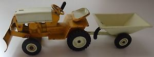 Vintage Ertl International Cub Cadet Lawn Garden Tractor with Utility Trailer