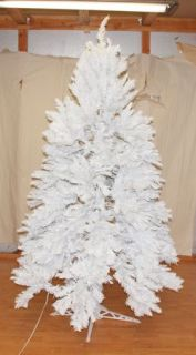 New Christmas Tree 6 5' White Alaskan Spruce Pre Lit Clear Lights Snow Mountain
